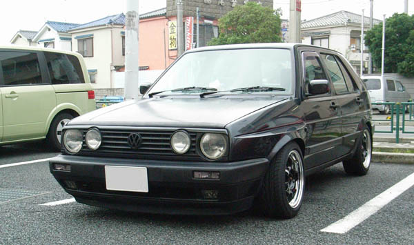 Wheels ( Work Meister S1) and Tires (Goodyear EAGLE REVSPEC RS-02) into my VW Golf Mk2