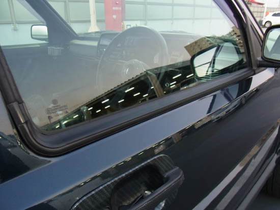 Volkswagen Golf Mk2 big door window seals / trims